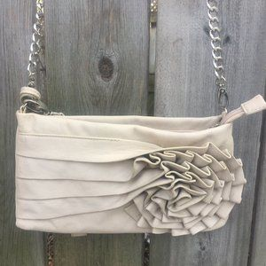 Lula beige flowered purse w/shoulder strap